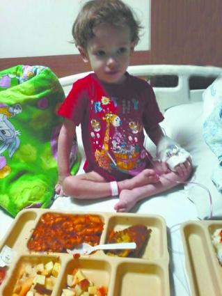 Витя до трансплантации в Индийской клинике.