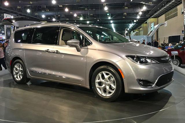 Chrysler Pacifica.