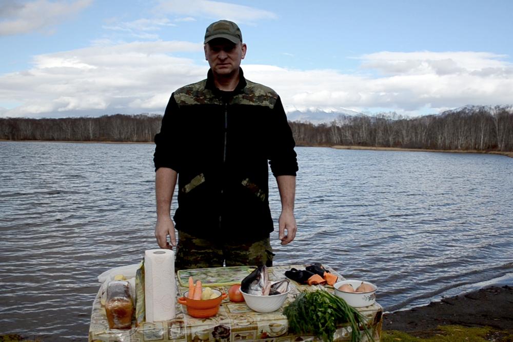 Временно исполняющий обязанности командира приготовил простой, но вкусный и сытный обед