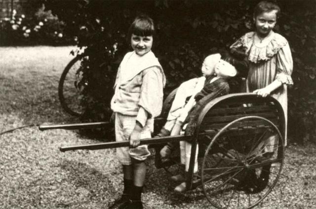 Дети Эмиля Золя Жак и Дениза