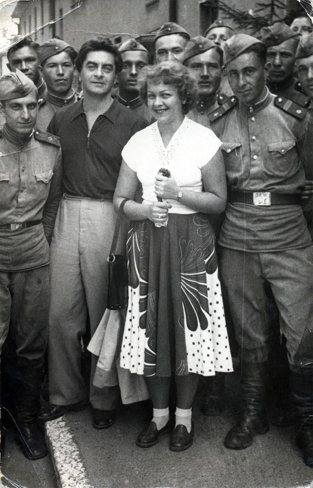 Юрий Любимов и Людмила Целиковская
