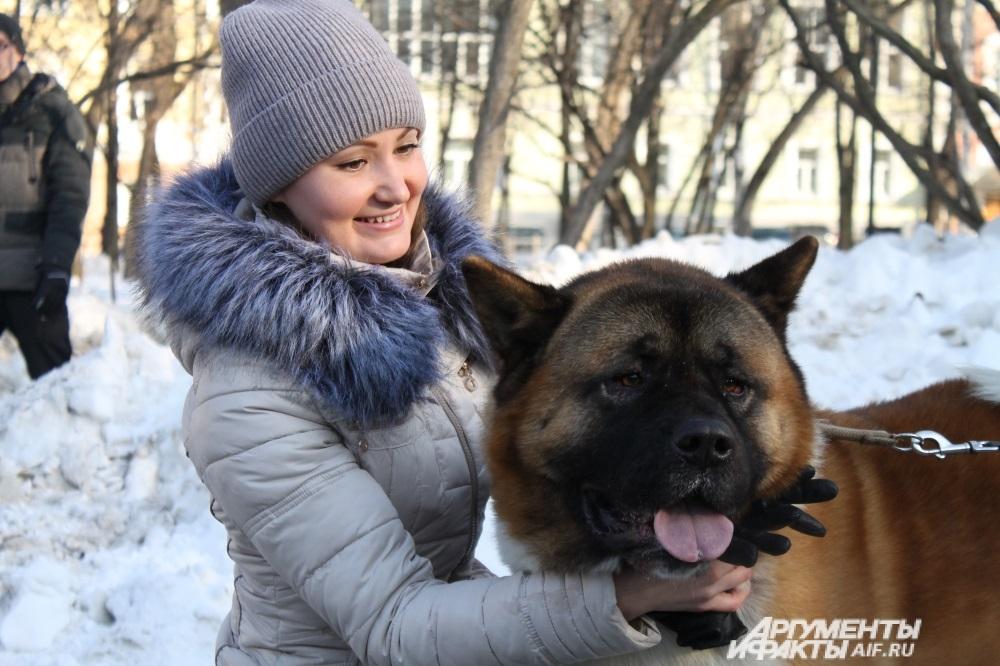 Виктория признаётся, что сначала было страшно подойти к незнакомой собаке.