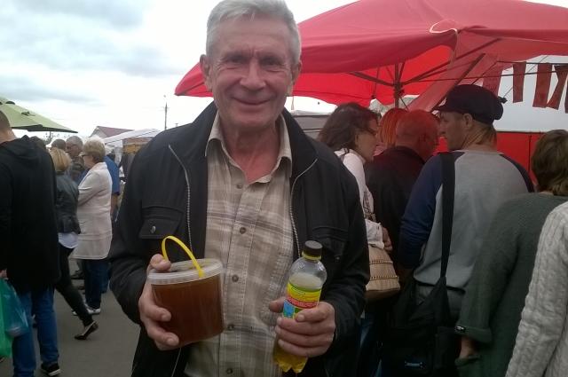 Александр Мещеряков: Выбираю мёд со знанием дела