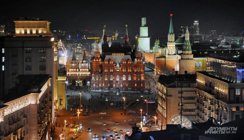 Только отключив освещение зданий, можно наглядно увидеть, сколько электричества жжёт город..
