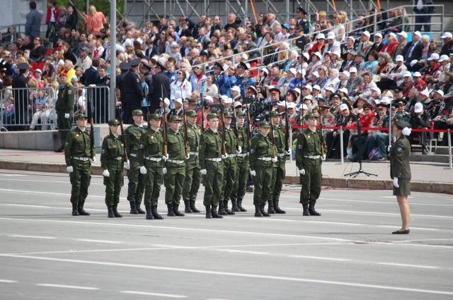 В России много и родов войск, и победных дат, и героев.
