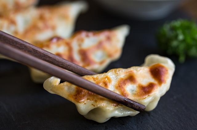 Японские гёдза с креветками