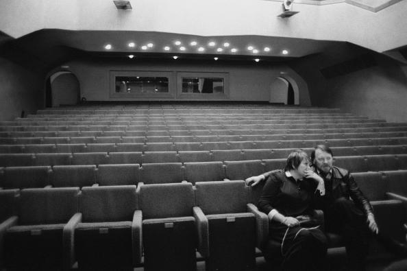 Галина Волчек и драматург и сценарист Михаил Рощин во время репетиции в театре Современник . 1983 г