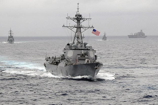 Американский флот в Тихом океане.