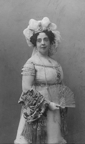 В роли Натальи Дмитриевны в комедии «Горе от ума», 1911 г.