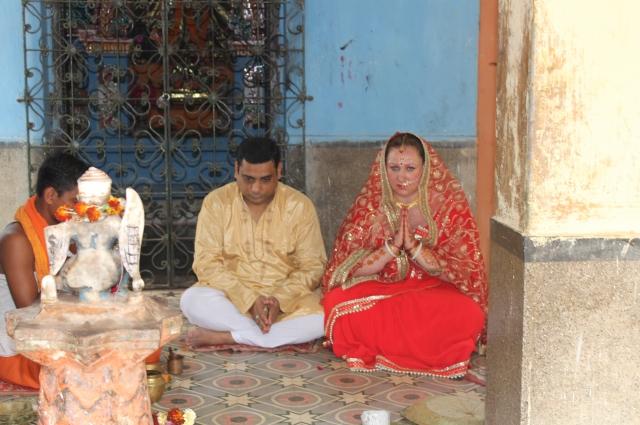 Вторая свадебная церемония в Индии.