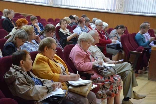 Расширить знания на семинаре пришли 95 оренбуржцев.