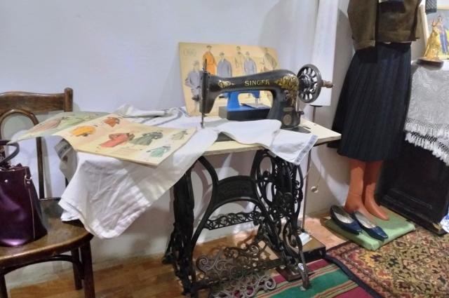 Хорошая швейная машинка была почти роскошью.