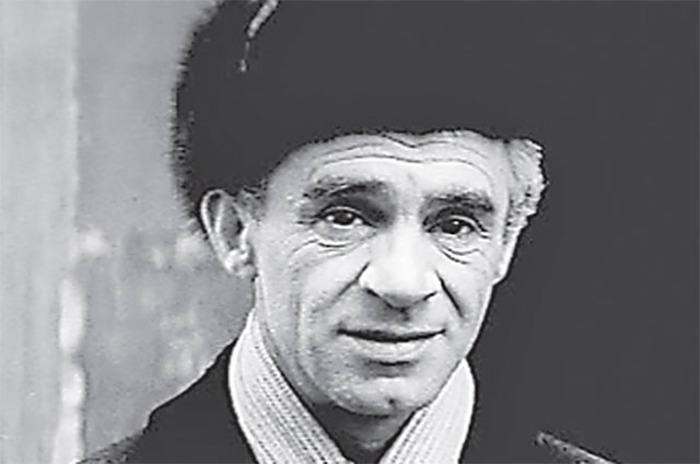 В фильме «Фокусник» герой Зиновия Гердта живёт вЗюзине, в Херсонском проезде.