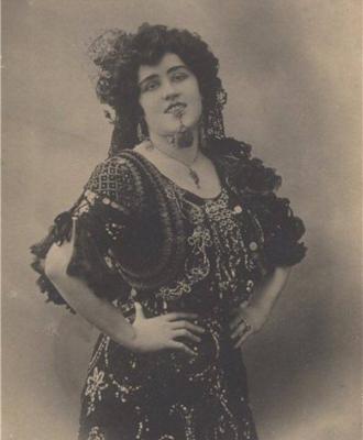 Её выступления производили неизгладимое впечатление на Александра Блока.