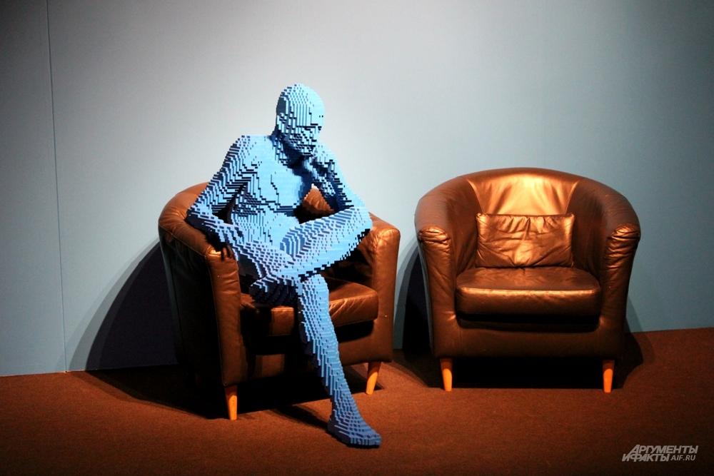 Фигура человека из кубиков Lego
