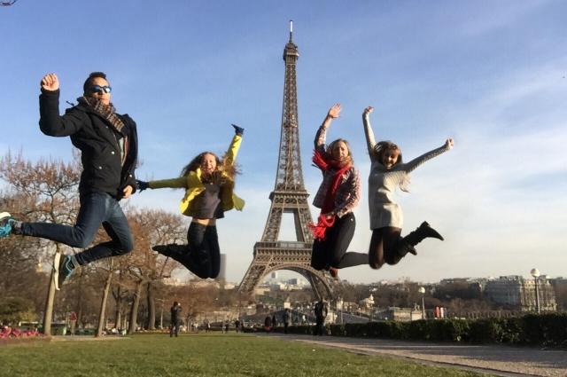 Тюменские студенты в Париже.