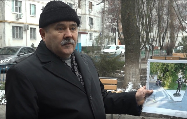 Владимир Зайченко считает версию с пропажей документов из музея правдоподобной.