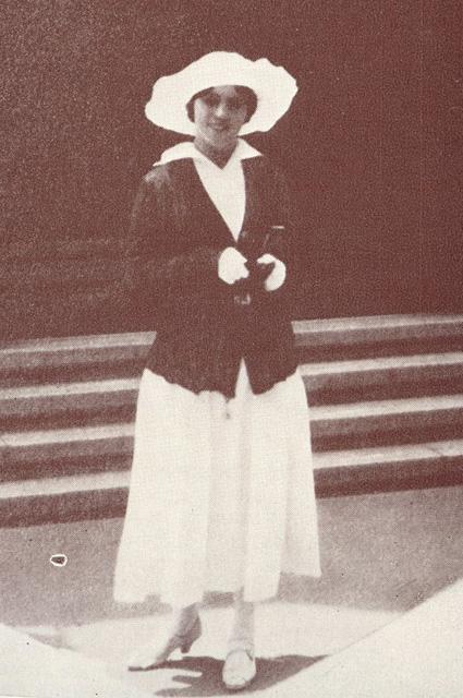 Ольга Хохлова, 1920-е годы