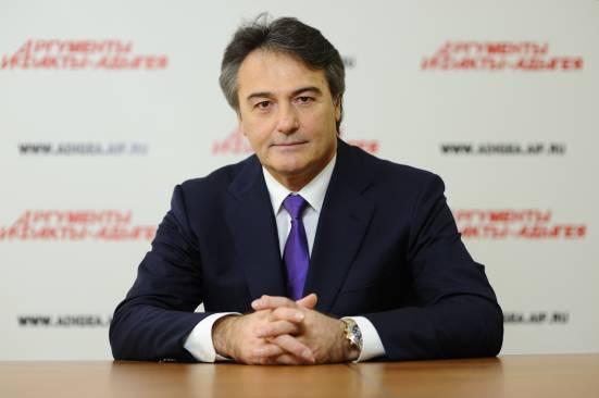 Эдуард Тхакушинов.