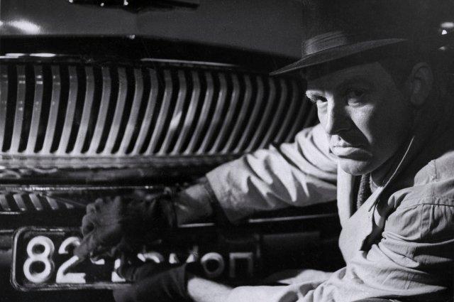Иннокентий Смоктуновский пробовался на роль в приключенческой киноленте, но оказался слишком серьезен.