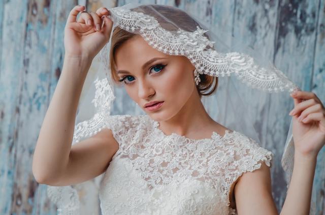 В свадебной може актуальны женственность и ествественность.