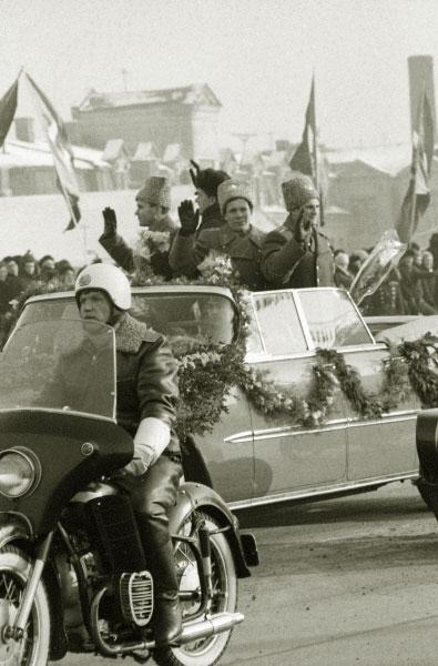 Космонавты экипажей космических кораблей Союз-4 и Союз-5, 1969 год