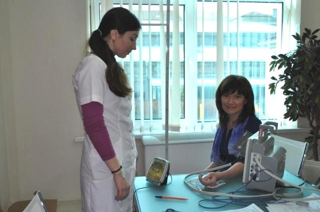 После экспресс-обследования участники семинара получили рекомендации терапевта.