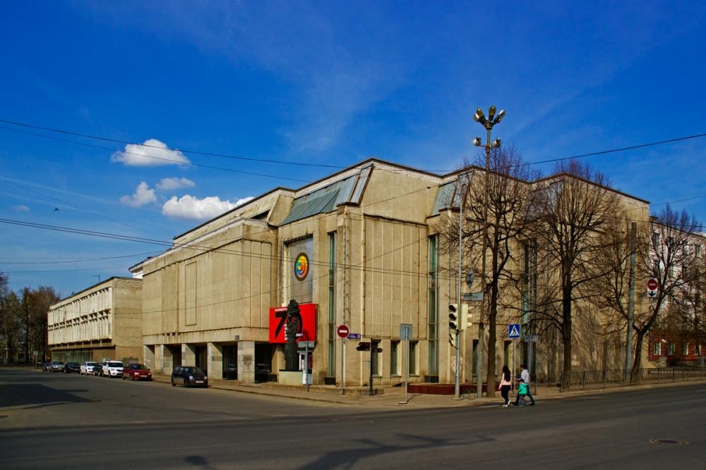 Выставочный зал Союза художников.