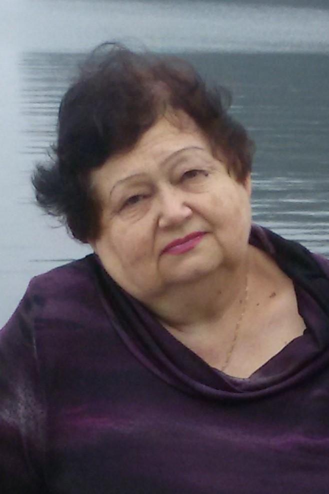 Зоя Исакова