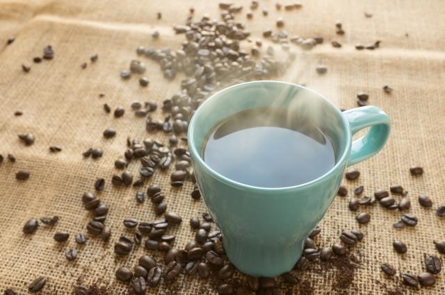 Кофе не стоит злоупотреблять.