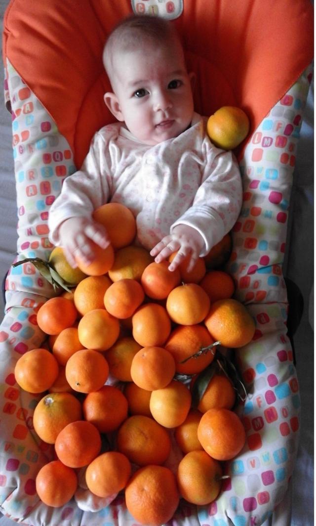 Ульяна в апельсинах.