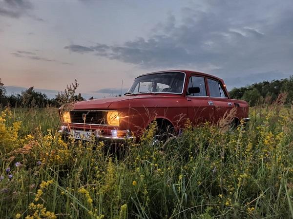 «Москвич-2140» — советский заднеприводной автомобиль III группы малого класса с кузовом типа седан.