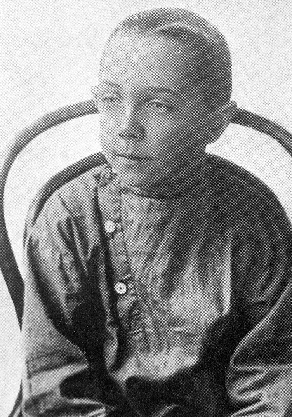 Михаил Чехов в детстве, 1900 г.