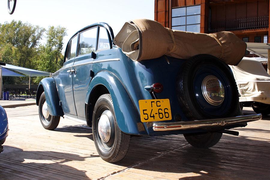 Москвич-400 в кузове Фаэтон