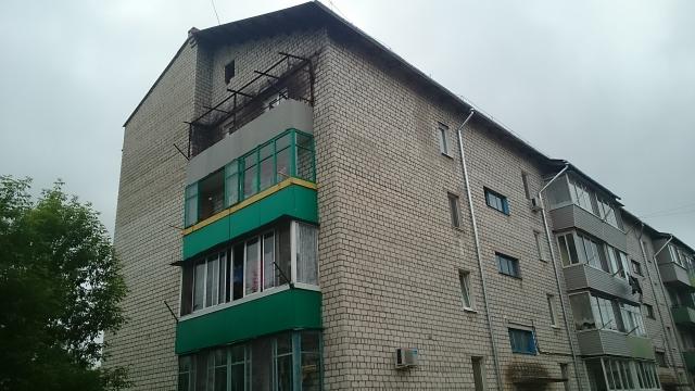 Следы пожара, устроенного нерадивыми жильцами, ещё предстоит ликвидировать.