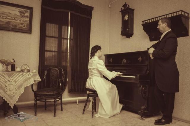 Музыкальное образование в интерьерах XIX века.