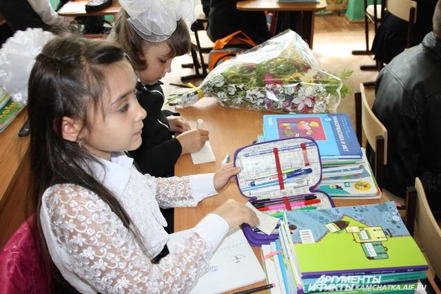 За четыре года стоимость школьного набора выросла больше чем на пять тысяч рублей.