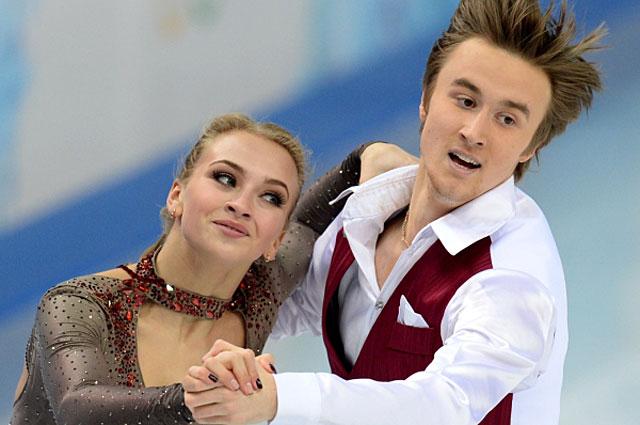 Виктория Синицина и Руслан Жиганшин в короткой программе танцев на льду на соревнованиях по фигурному катанию на XXII зимних Олимпийских играх в Сочи. 2014 год