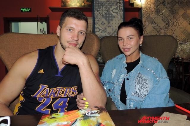 Виктор Шароваров и Александра Шевченко встретили друг друга на «Доме-2».
