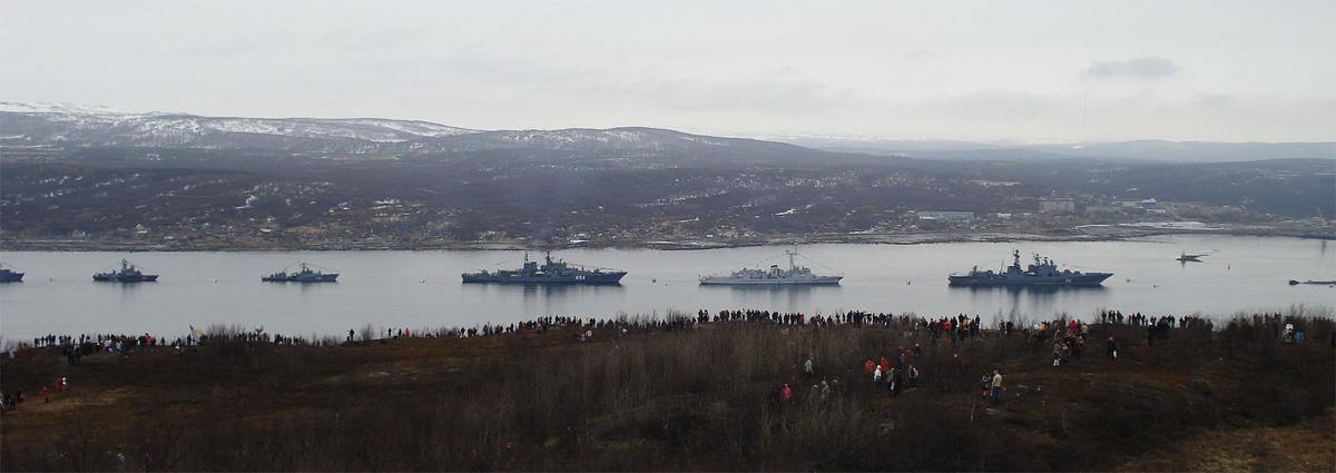 Парад кораблей Северного флота 9 мая 2010 года