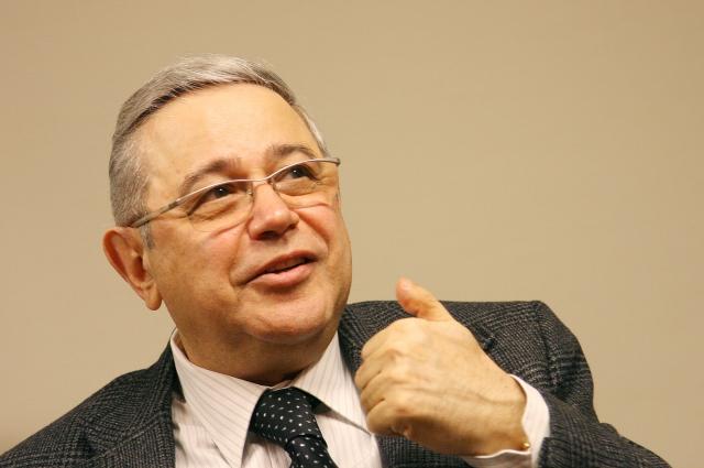 Евгений Петросян.
