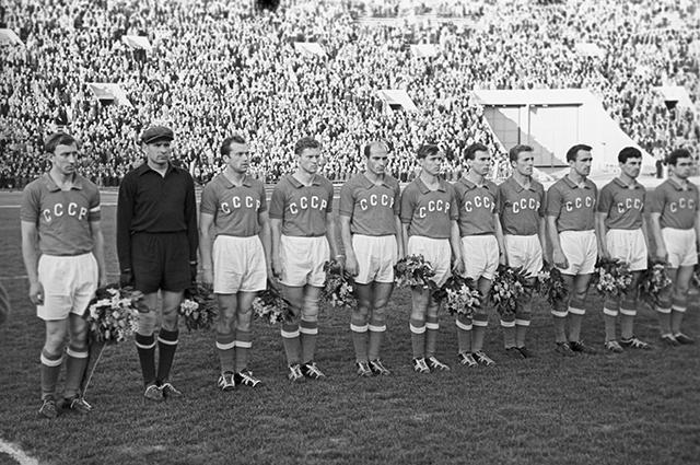 Сборная команда СССР по футболу 1960 года.