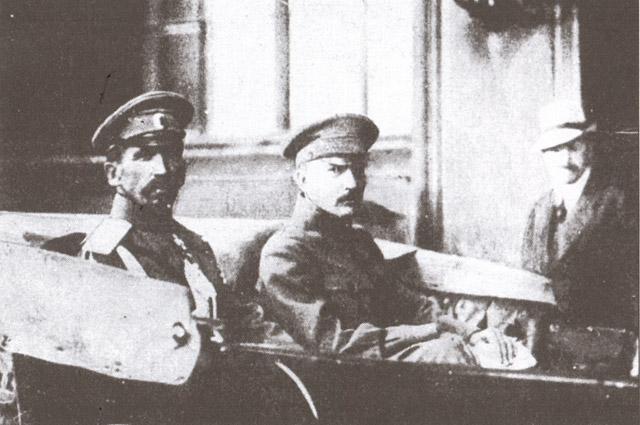 Генерал Л. Г. Корнилов и Б. В. Савинков