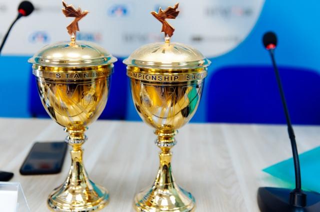Кубки для чемпионата мира по танцевальному спорту.