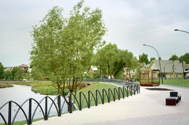 Набережная Банного пруда вСергиевом Посаде теперь выглядит так.