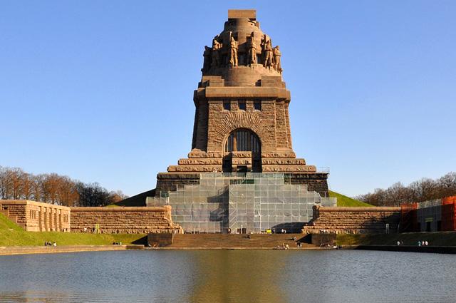 Памятник Битве народов по Лейпцигом