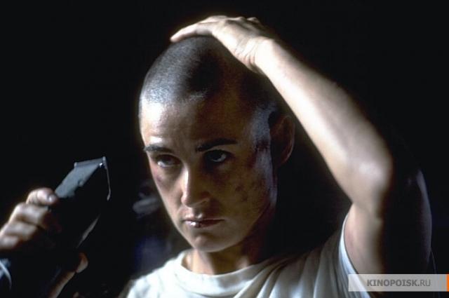 Самая знаменитая сцена фильма «Солдат Джейн».