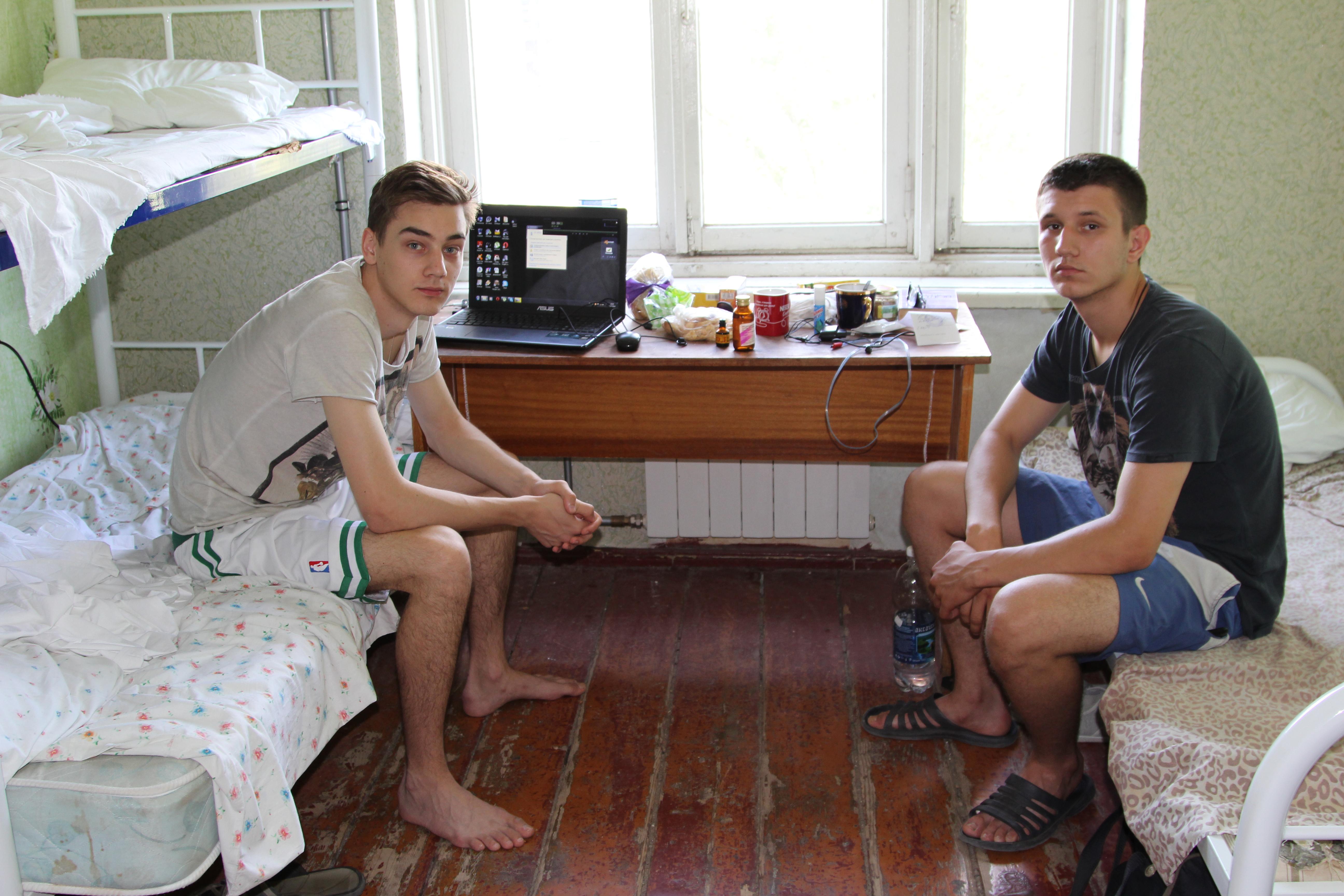 Александр и Никита бросили вуз Донецка и приехали поступать в Ростов-на-Дону