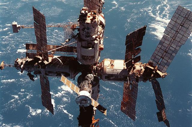 Станция Мир 12 июня 1998