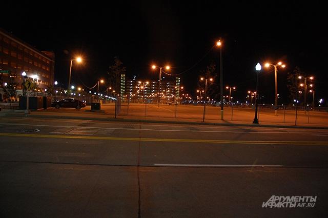 Улицы Детройта вечером